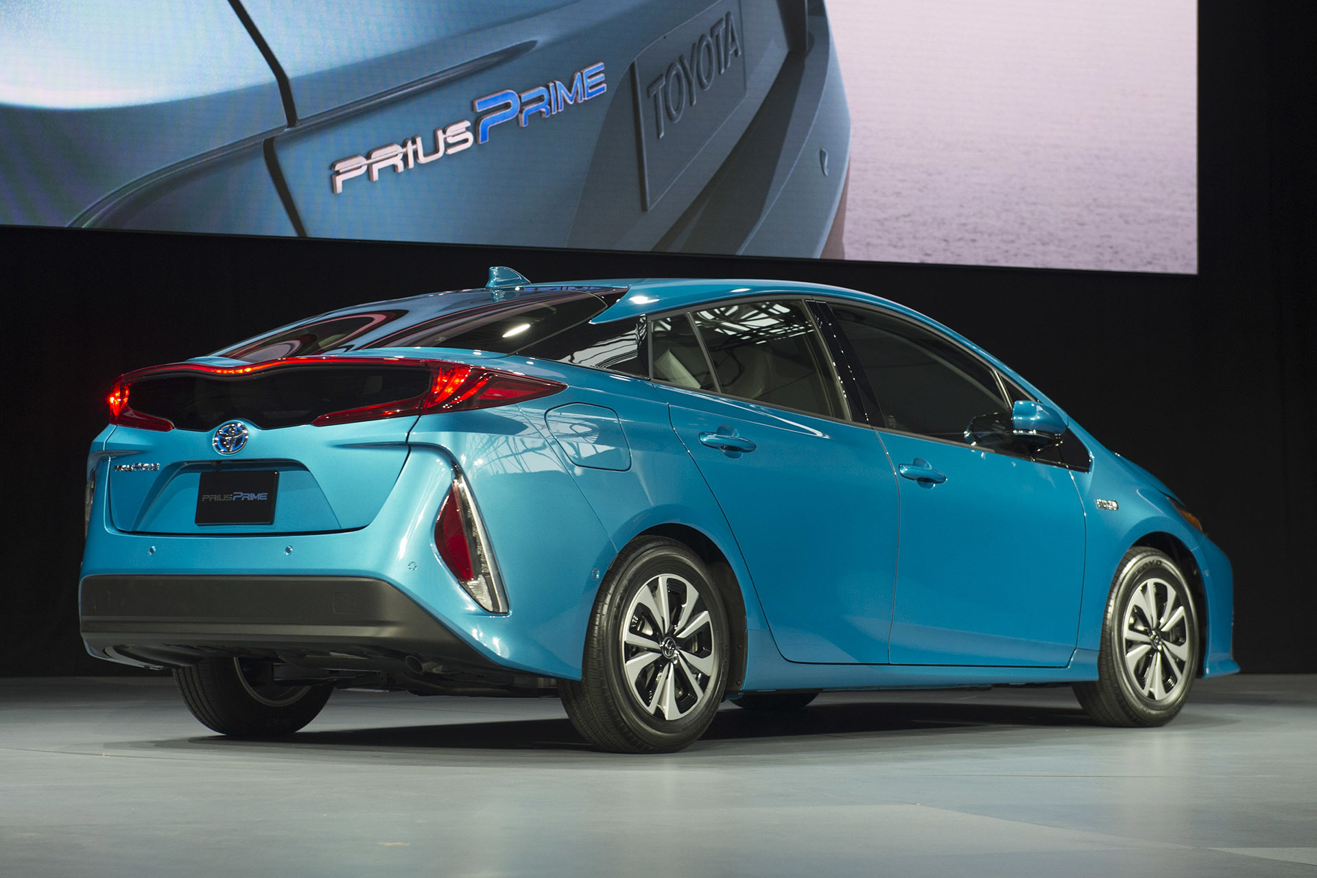 2017 toyota prius prime review ratings specs prices 2017 2018 best cars reviews. Black Bedroom Furniture Sets. Home Design Ideas