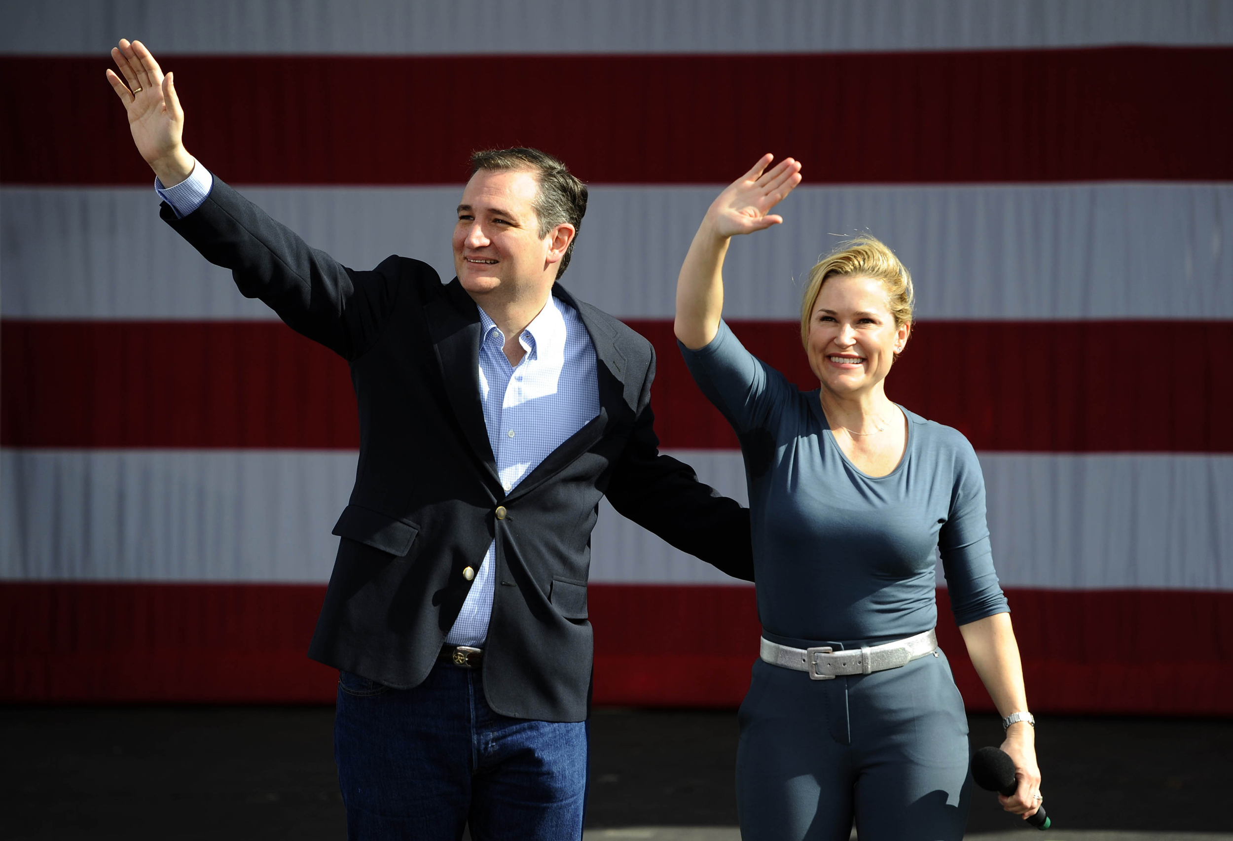 Donald Trump admits tweet comparing his and Ted Cruz's wife was ...