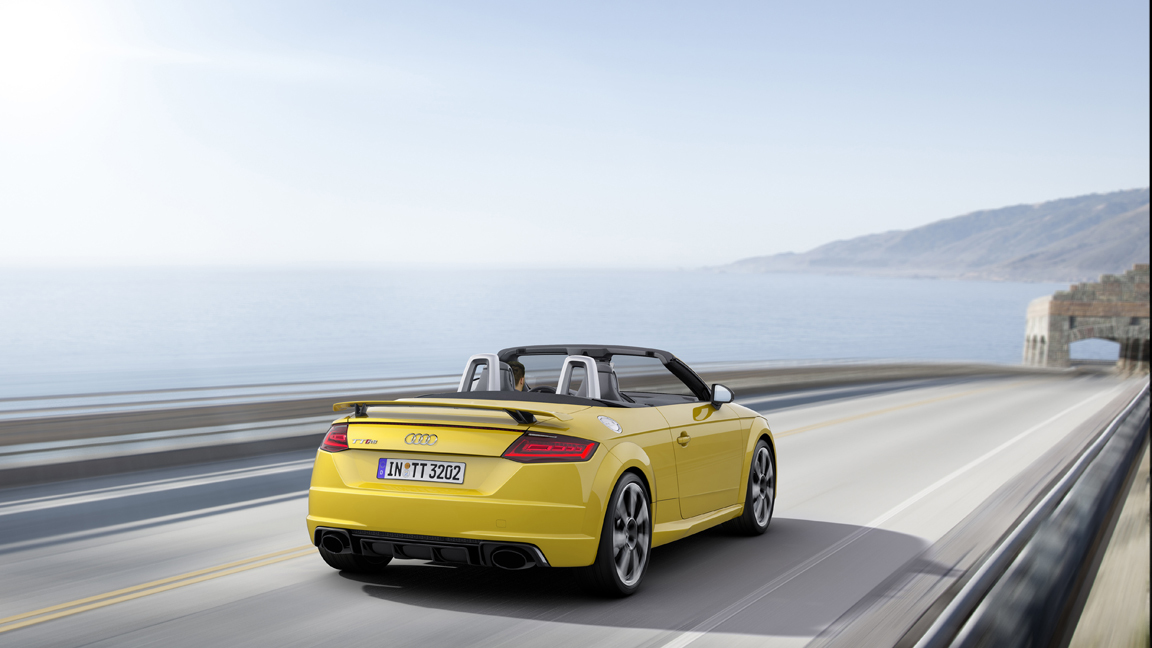 2017 Audi Tt Rs Roadster Photo Gallery Autoblog