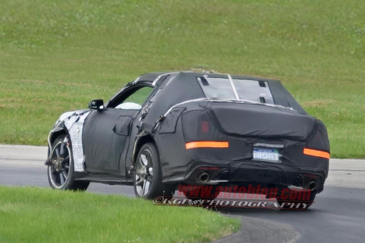 2015 Ford Mustang spy shots Photos