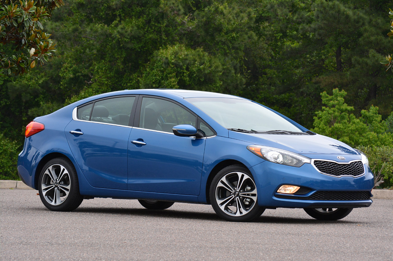 2014 kia forte review photo gallery autoblog. Black Bedroom Furniture Sets. Home Design Ideas