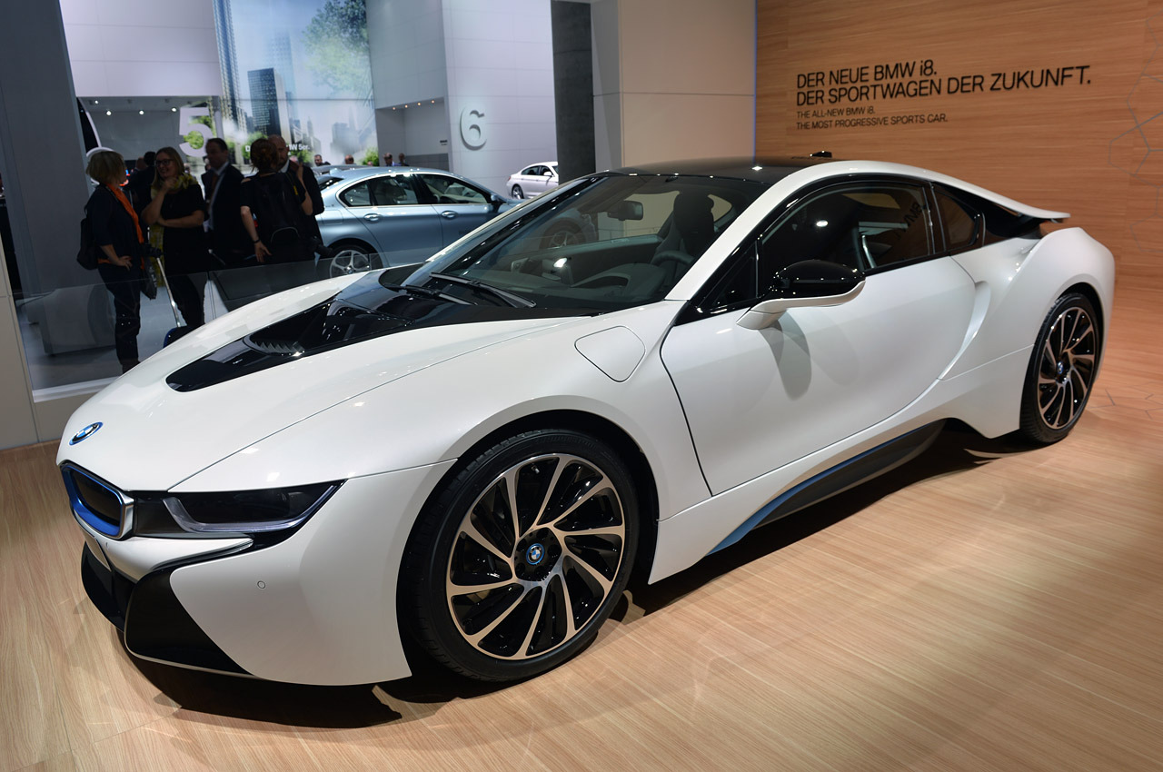 2015 bmw i8 frankfurt 2013 photo gallery autoblog. Black Bedroom Furniture Sets. Home Design Ideas