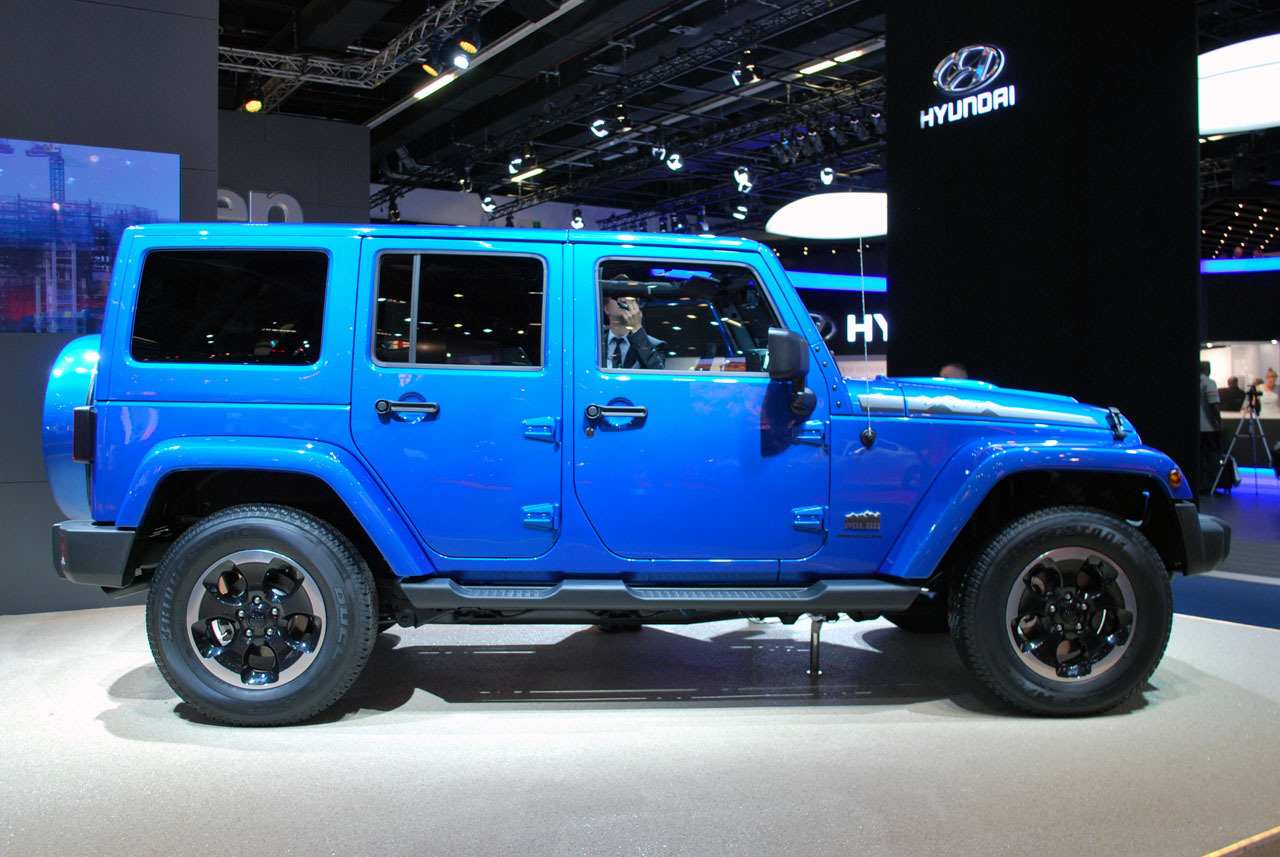 salon de francfort 2013 jeep wrangler polar edition dark cars wallpapers. Black Bedroom Furniture Sets. Home Design Ideas
