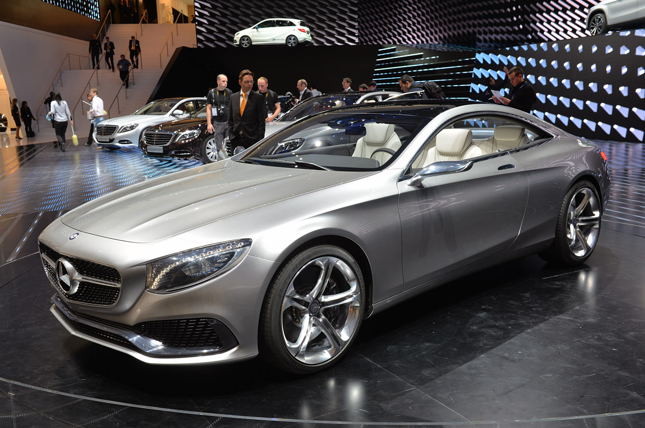 Mercedes benz s class coupe concept frankfurt 2013 photo for 2013 mercedes benz s class s550