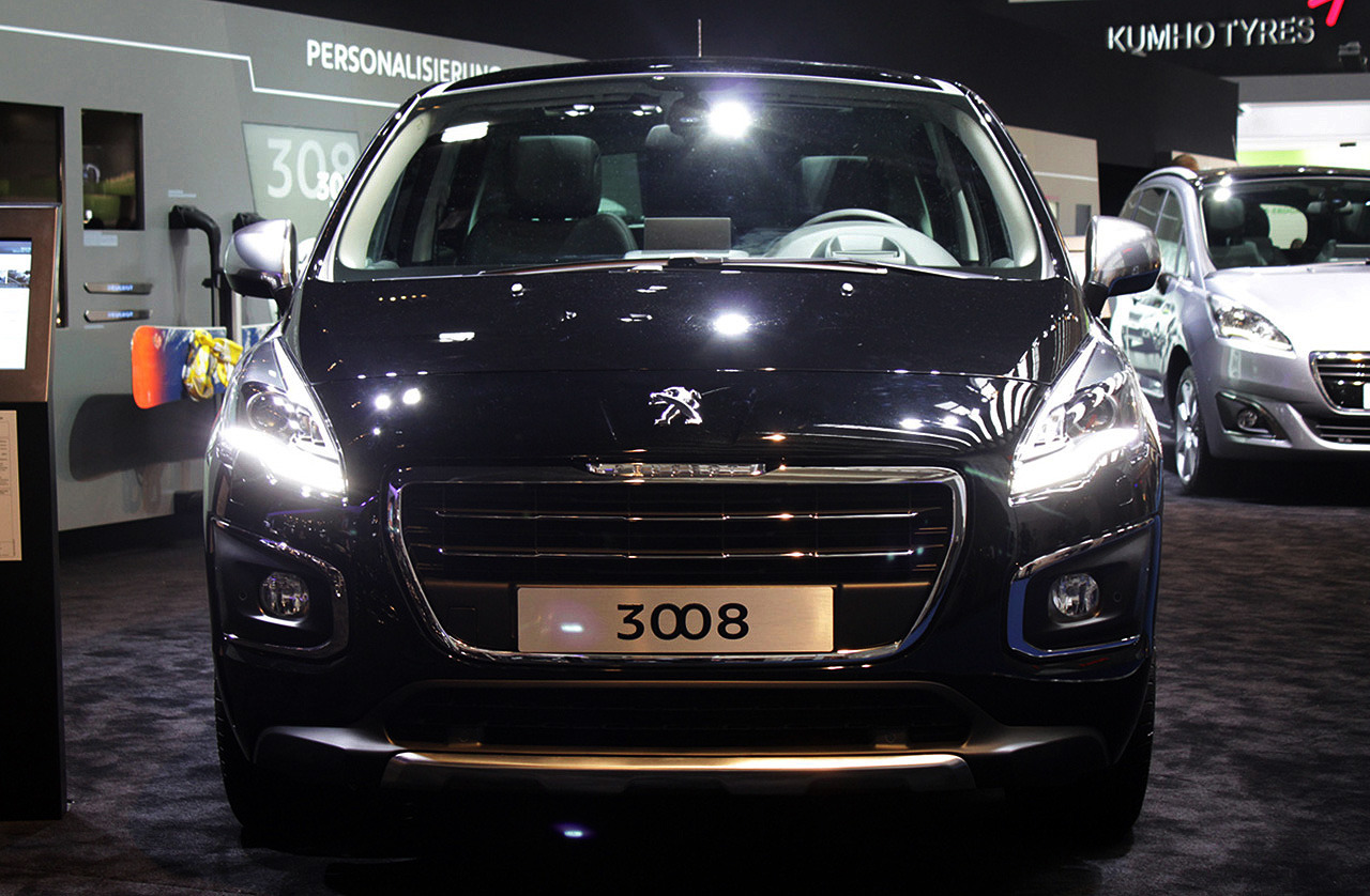 2014 peugeot 3008 frankfurt 2013 photo gallery autoblog. Black Bedroom Furniture Sets. Home Design Ideas