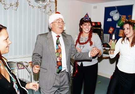 Avoid Career-Damaging Mistakes At Your Office Holiday Party