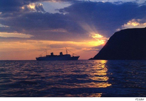 new holland singles over 50 Singles travel international offers trips and cruises for all age ranges, but they also offer cruises for singles ages 50 and over several times each year you can go on safari or get away for a weekend to explore italy, and you get to choose either a room sharing option or higher-cost private room.