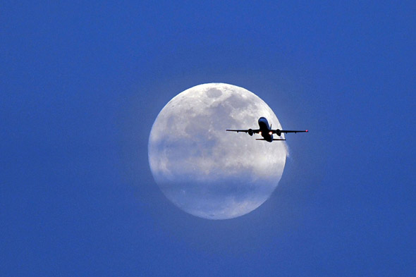 Supermoon, around the world