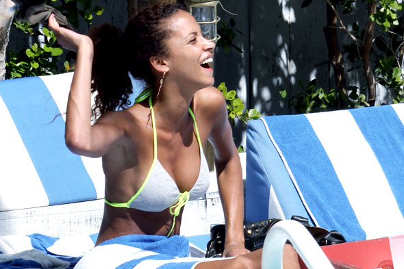No&Atilde;&copy;mi Lenoir soaks up the Florida sunshine