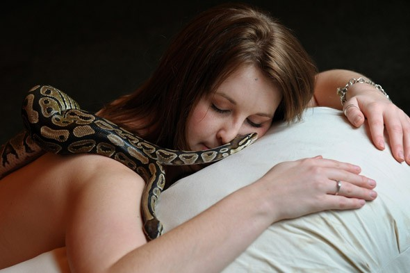 Get massaged by snakes