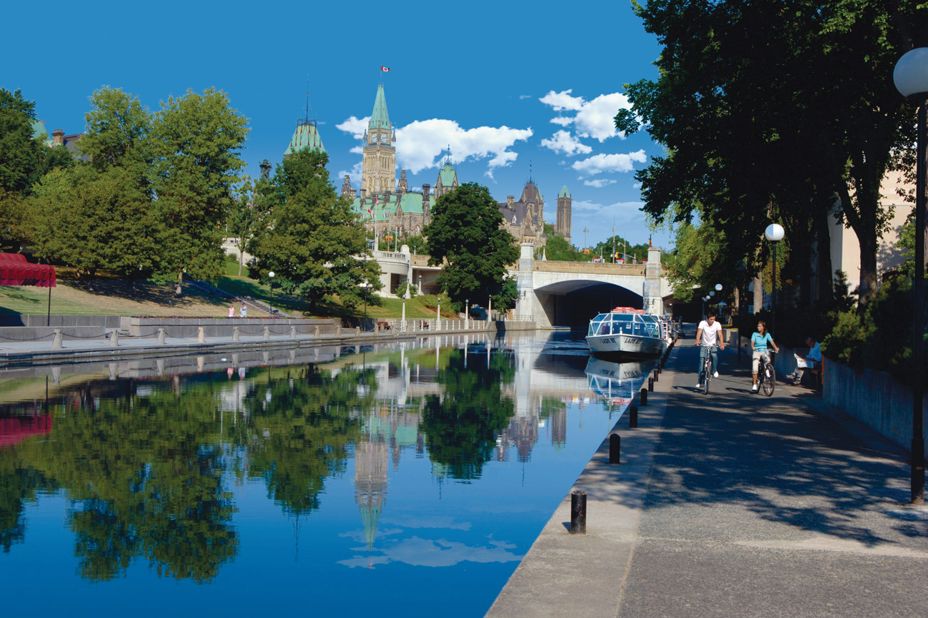 &lt;b&gt;Rideau Canal, Ottawa&lt;/b&gt;