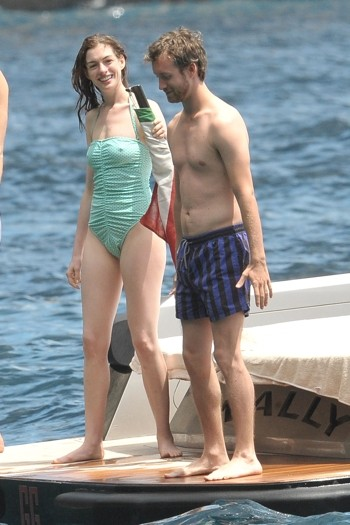 Anne Hathaway in Capri