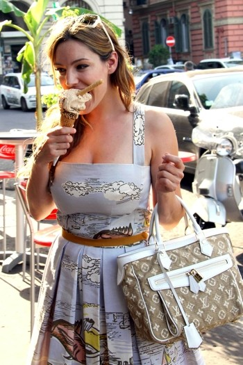 Kelly Brook in Ischia