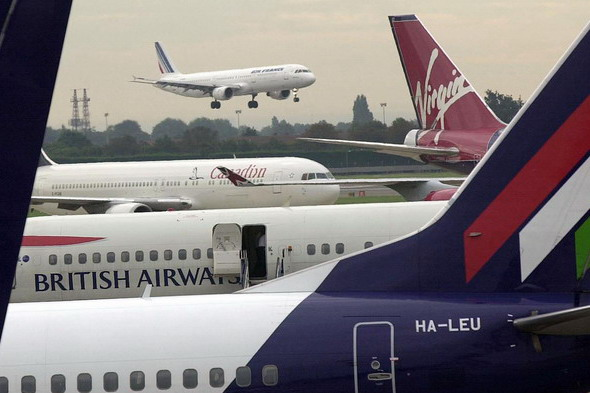 airlines 2 pa 1476161 1318432618 The new rules will make it illegal for companies to make customers untick ...