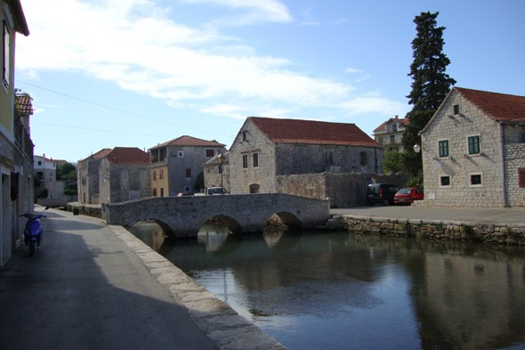 Be charmed by the town of Vrboska