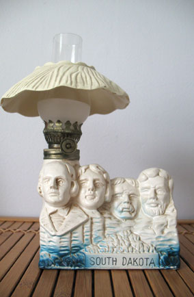 Mount Rushmore oil lamp, USA