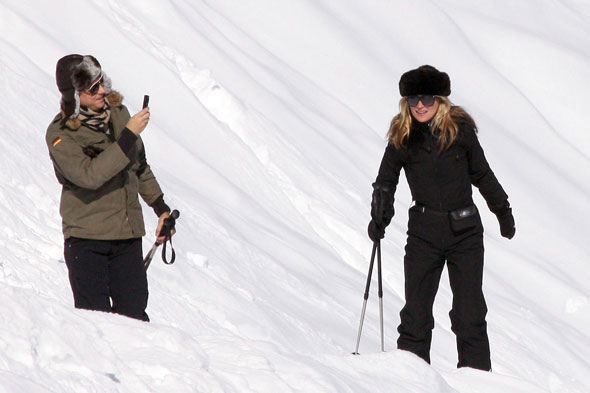 Kate Moss and Jamie Hince, Mont Blanc