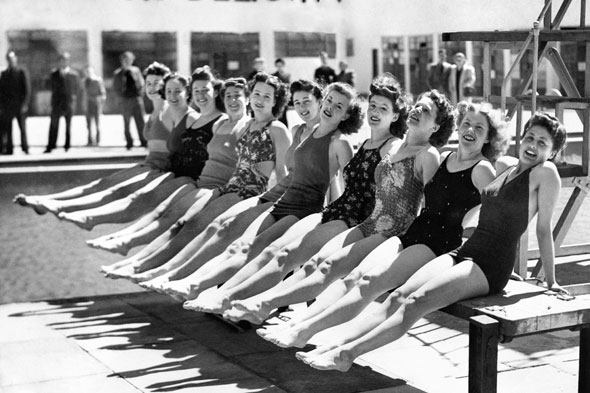 1946: Sunbathers in Skegness