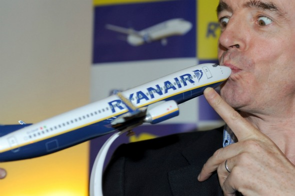 O'Leary flicks a 'Victory' sign at sacked airport workers in Spain