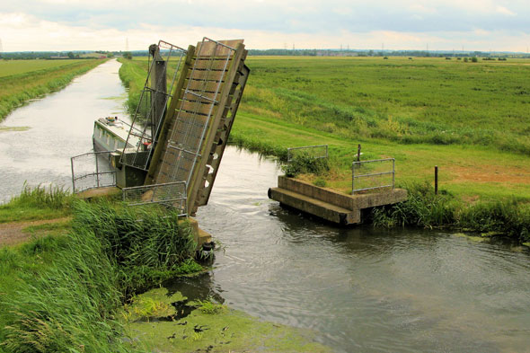 Cock-up bridge, Cambridgeshire
