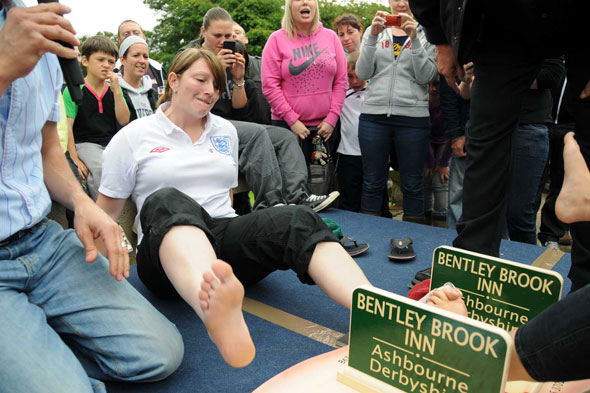 World Toe Wrestling Championship, Derbyshire