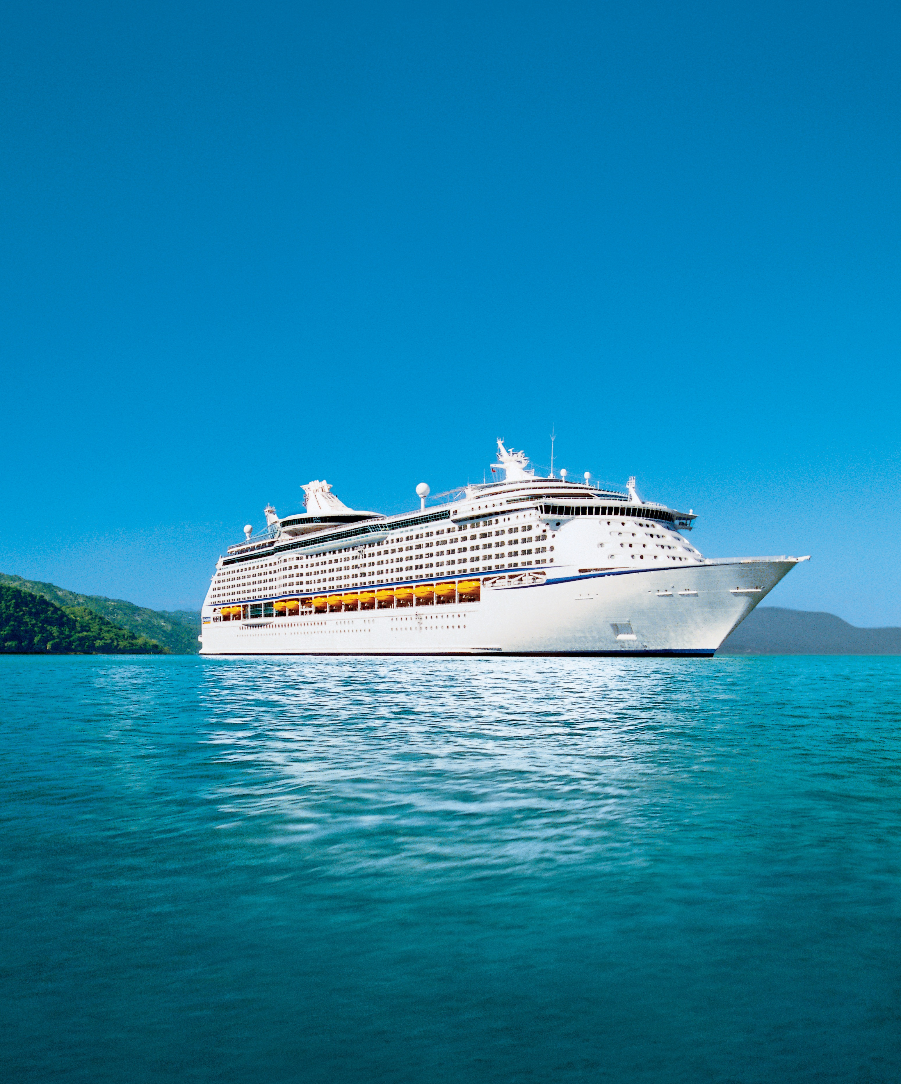P Amp O Cruise Workers Paid 75p An Hour Aol Travel Uk