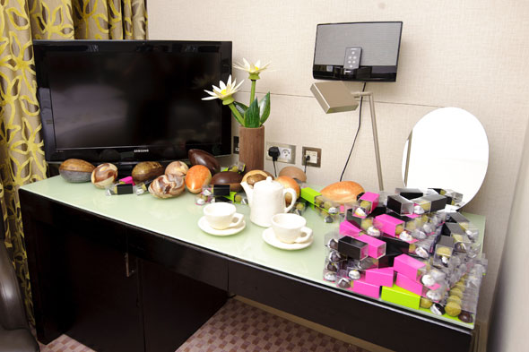 Hotel launches world's first edible hotel room made out of chocolate