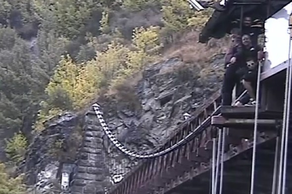 Video: Stephen Fry does a bungee jump in Queenstown