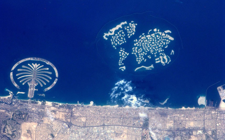 Dubai: The Palm and the World Islands