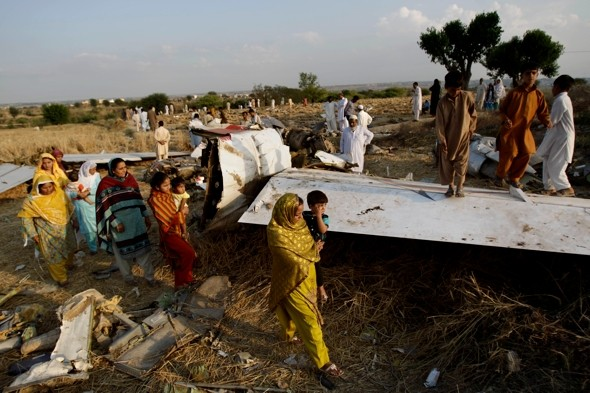 Did a UFO cause Pakistan plane crash that killed 127?