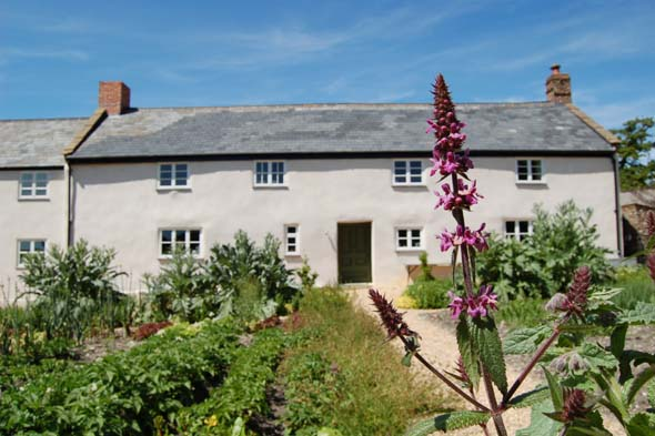 Can you name this Dorset cottage where a top TV chef cooks up a storm?