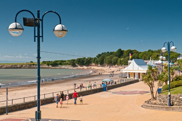 Barry Island in Wales is the setting for which hit comedy series?
