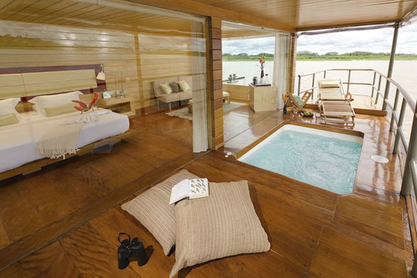 Rainforest Cruises Deluxe Master Suite