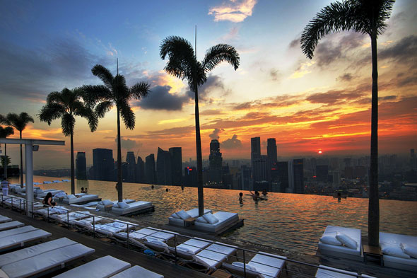 ten of the best rooftop hotel pools aol uk travel. Black Bedroom Furniture Sets. Home Design Ideas