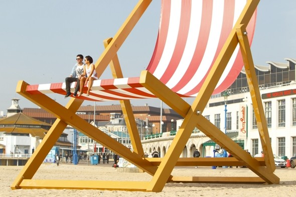 Order me a large: Deckchairs get bigger as Brits get fatter