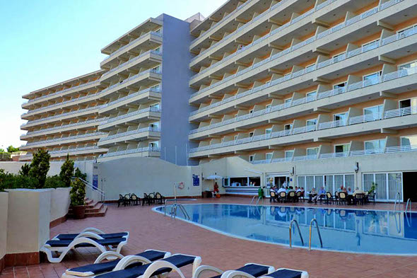 Woman explains how she fell 80ft from Majorca hotel balcony