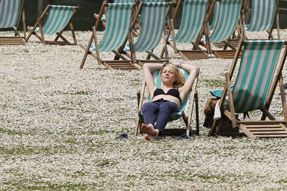 After dreadful weekend summer 'heat spikes' to hit Britain next week