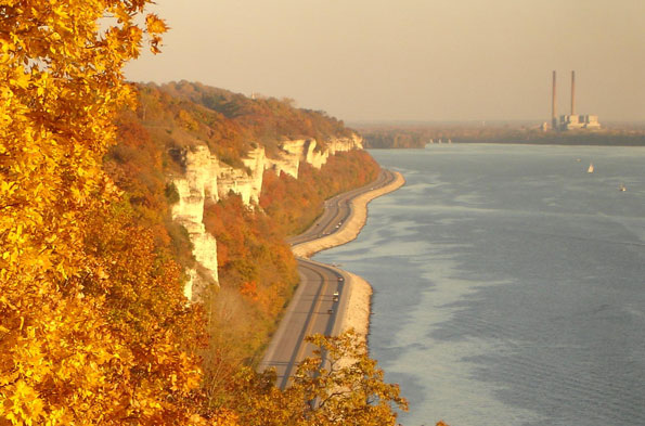 Great River Road, Alton, Illinois
