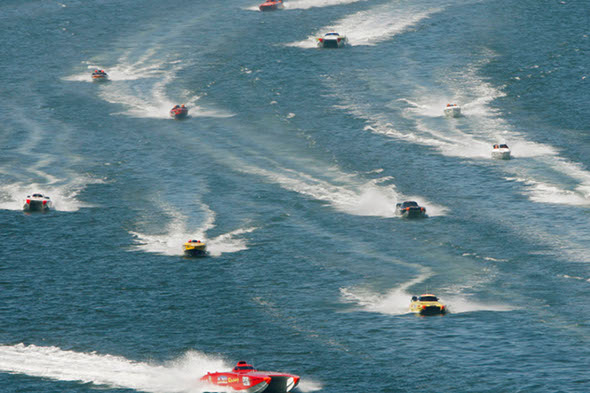 British powerboat racer killed in 120mph crash