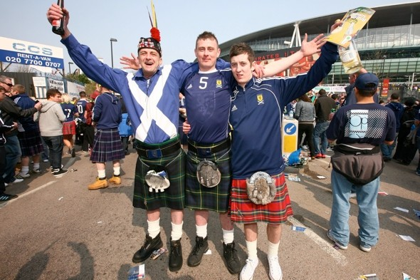Japanese guide to Scotland warns: 'Avoid men in footie shirts and sausages'
