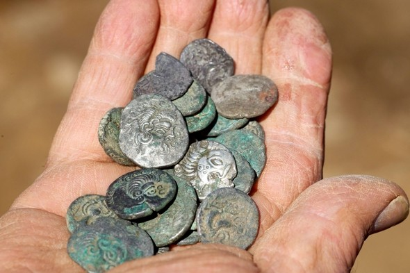 Two men find £10m coin hoard in Jersey