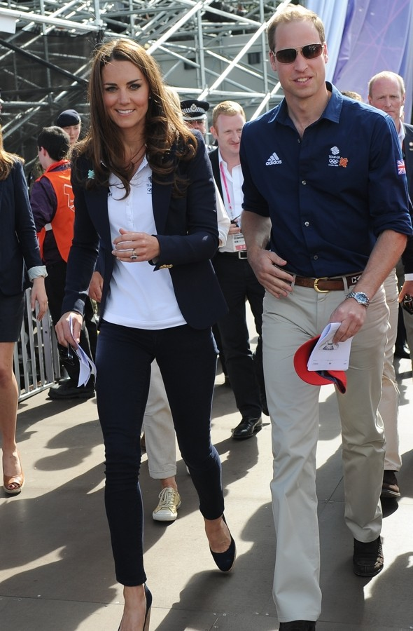 Duke and Duchess join Olympic visitors to support Zara Phillips