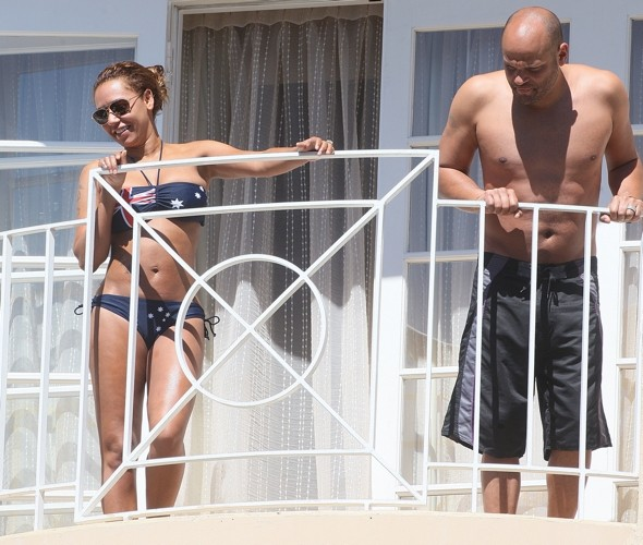 Mel B shows off Australian flag bikini on LA hotel balcony