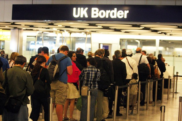 Huge Heathrow delays as border desks still unmanned at peak times
