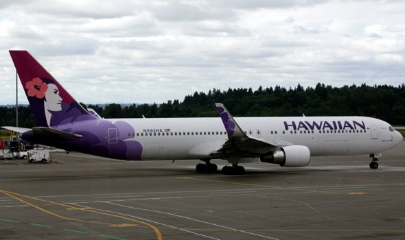 Woman 'sexually assaulted' as she sleeps on flight to Hawaii