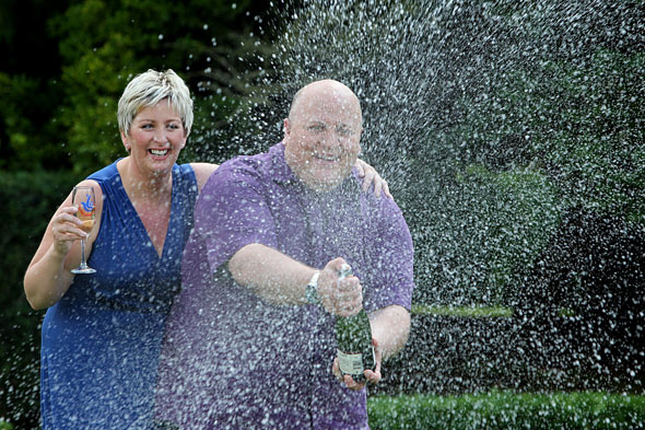 £148 million lottery winners jet off on holiday - to a caravan park with Easyjet