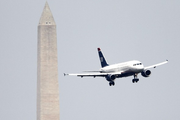 Three planes narrowly avoid midair collision at Washington Airport