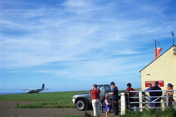 The shortest flight in the world: Wesray to Papa Westray in the Orkney Islands, Scotland