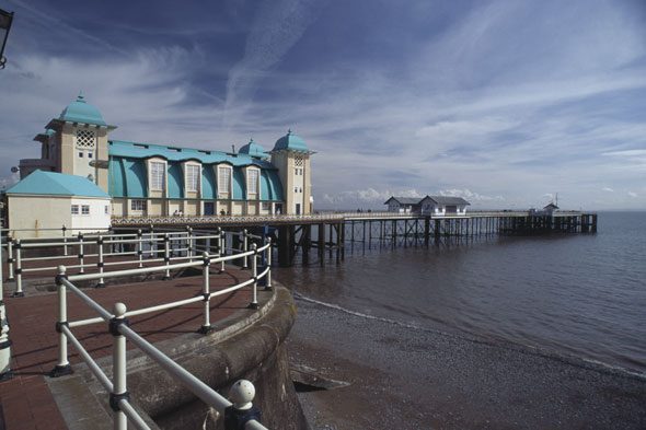 Penarth pier, Wales