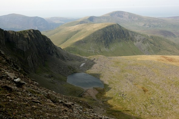 Search begins for missing British climber in Snowdonia